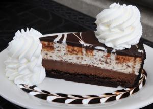 20110606-cheesecake-factory-0307tuxedo